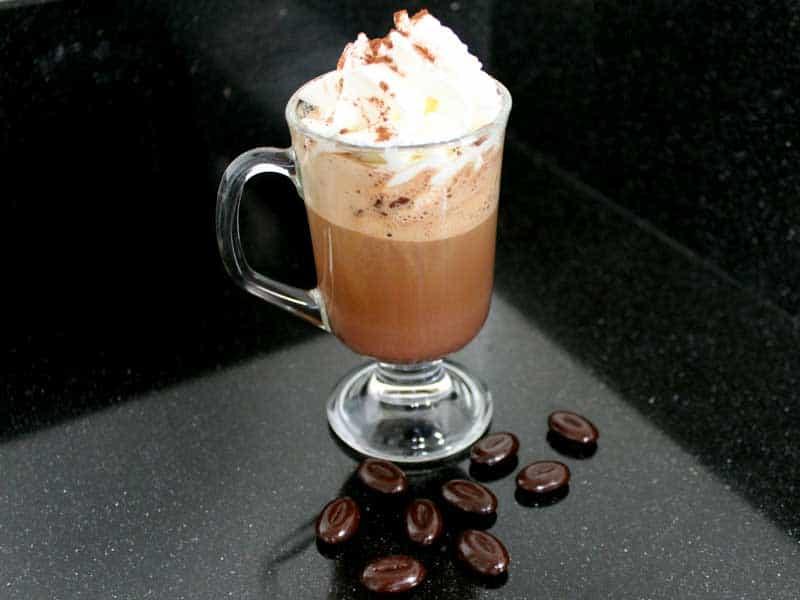 Het recept voor een heerlijke chocoladekoffie